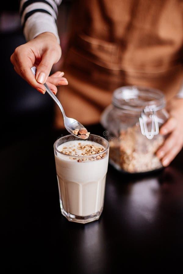 Φλυτζάνι Raf καφέ στοκ εικόνα με δικαίωμα ελεύθερης χρήσης
