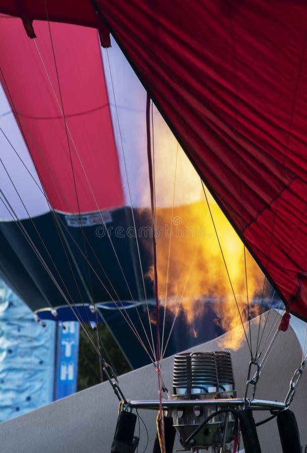 Φλόγα καυστήρων μπαλονιών ζεστού αέρα στοκ φωτογραφίες