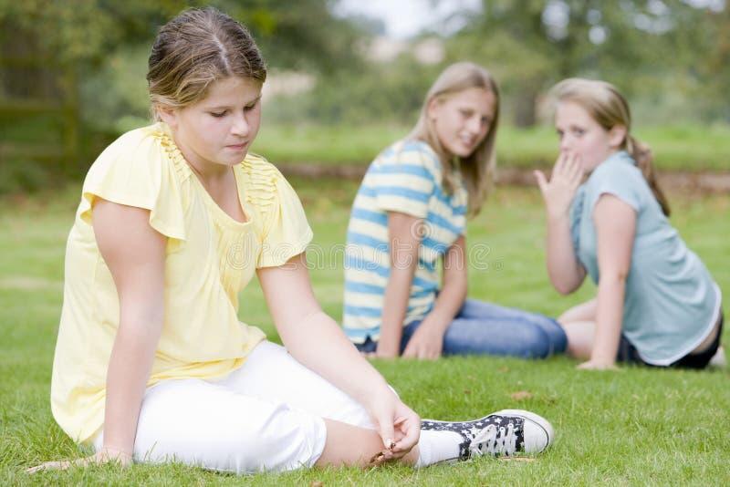φοβερίζοντας κορίτσια κ στοκ φωτογραφίες
