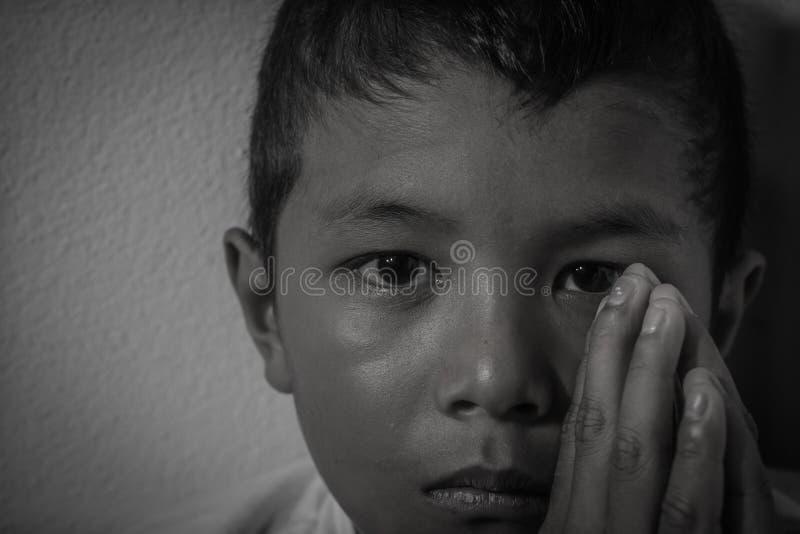 Φοβησμένος και μόνο στοκ φωτογραφία με δικαίωμα ελεύθερης χρήσης
