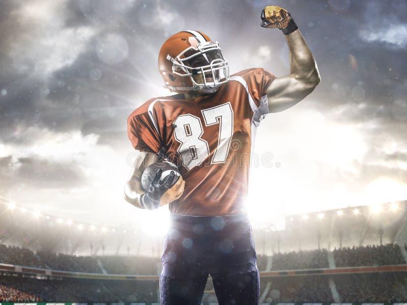 Φορέας αθλητικών τύπων αμερικανικού ποδοσφαίρου στο στάδιο στοκ εικόνα με δικαίωμα ελεύθερης χρήσης