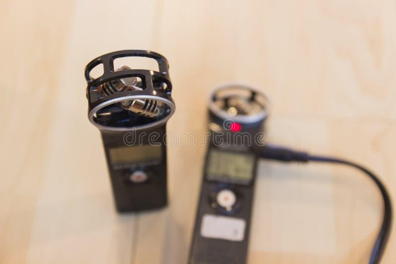 Φορητή ψηφιακή συσκευή φωνητικής ηχογράφησης στοκ εικόνα με δικαίωμα ελεύθερης χρήσης