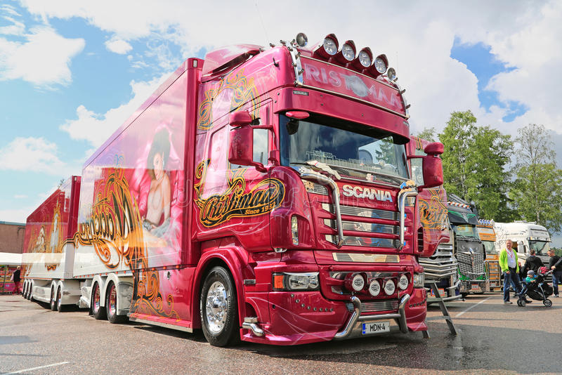 Φορτηγό Madonna Scania R560 Ristimaa, Φινλανδία στοκ εικόνες με δικαίωμα ελεύθερης χρήσης