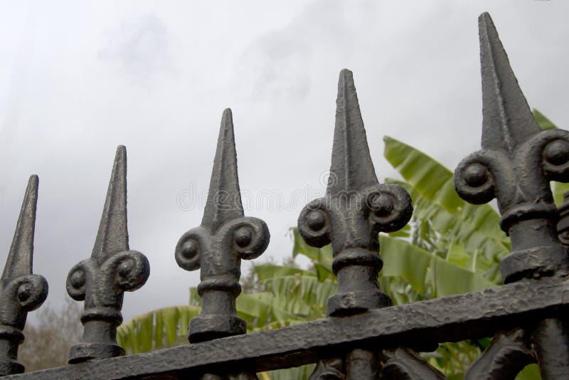 Φράκτης επεξεργασμένου σιδήρου στην πόλη Νέα Ορλεάνη στοκ φωτογραφίες με δικαίωμα ελεύθερης χρήσης