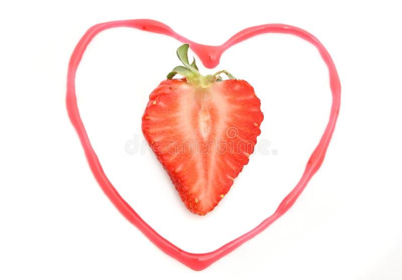 φράουλα καρδιών στοκ φωτογραφίες με δικαίωμα ελεύθερης χρήσης