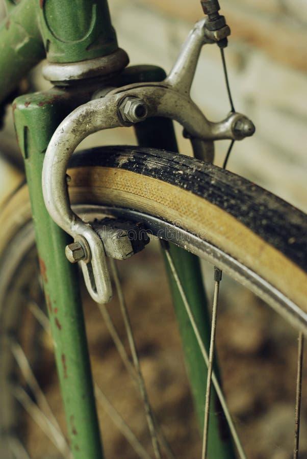 Download φρένα ποδηλάτων στοκ εικόνες. εικόνα από φρεναρισμένο - 13186258