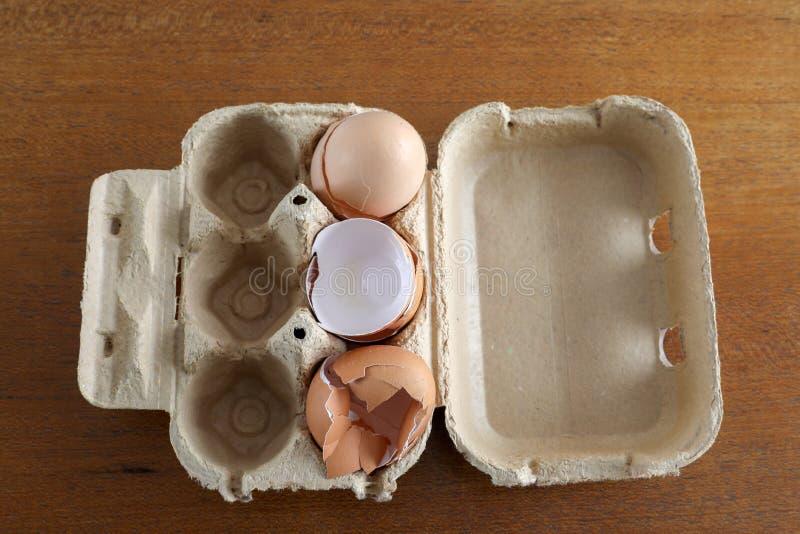 Φρέσκα αυγά από μια τοπική παραγωγή στοκ φωτογραφία με δικαίωμα ελεύθερης χρήσης