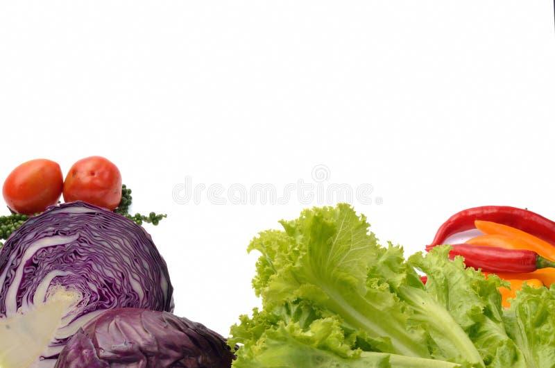 Φρέσκα λαχανικά και χορτάρια στο άσπρο υπόβαθρο στοκ φωτογραφία με δικαίωμα ελεύθερης χρήσης