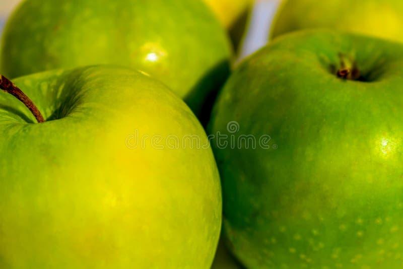 Φρέσκα και γλυκά πράσινα μήλα στοκ εικόνα με δικαίωμα ελεύθερης χρήσης