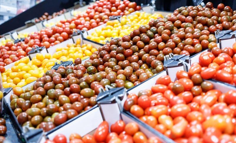 Φρέσκα λαχανικά στην αγορά στοκ φωτογραφίες