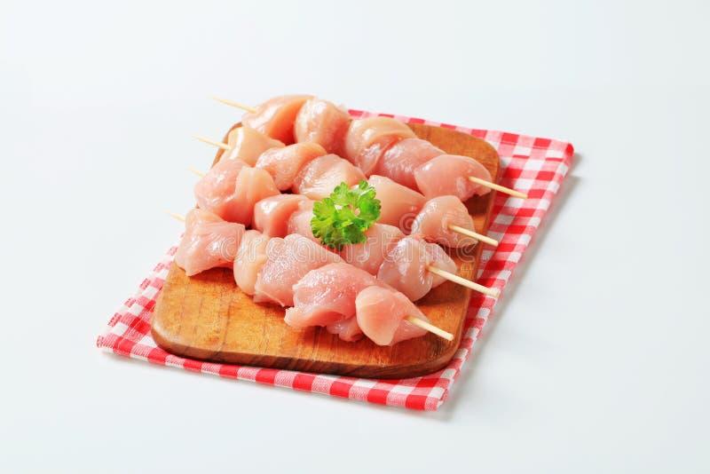φρέσκα οβελίδια κοτόπουλου στοκ φωτογραφίες