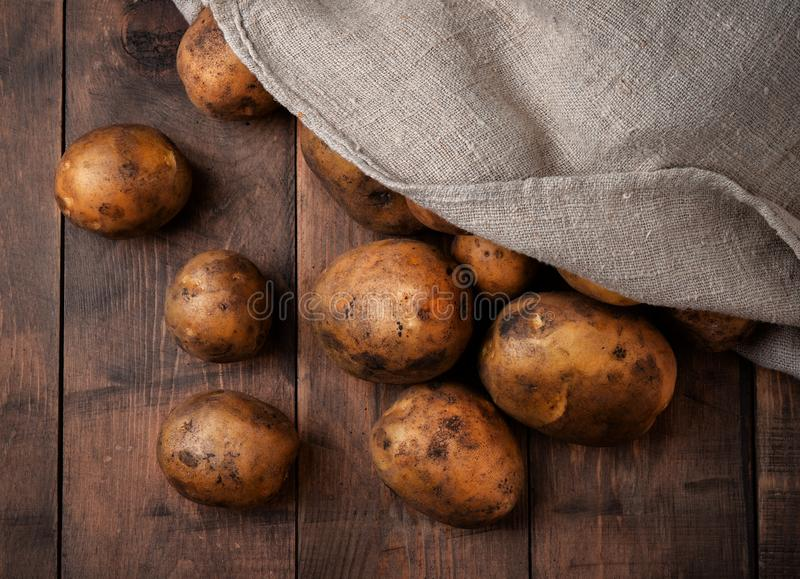 φρέσκες πατάτες στοκ εικόνα με δικαίωμα ελεύθερης χρήσης