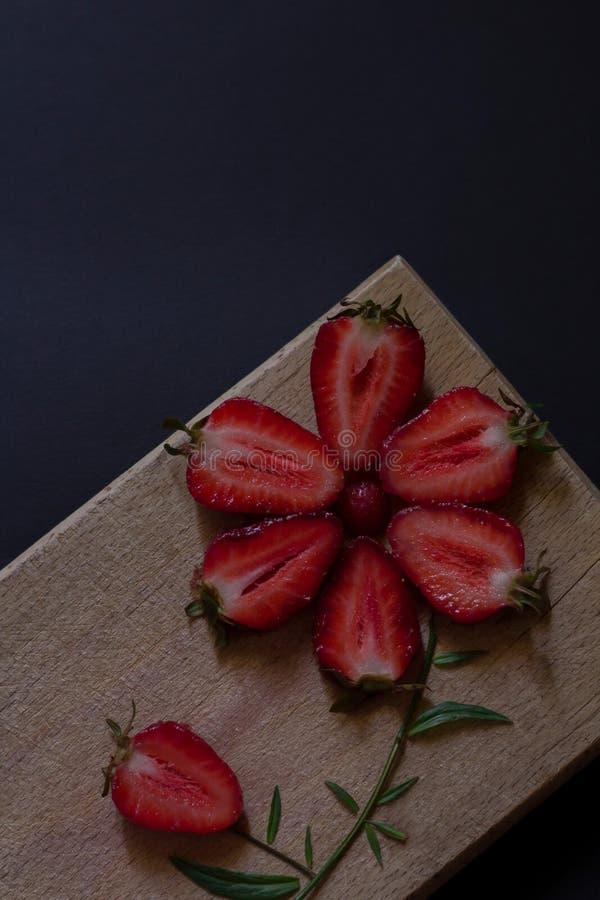 φρέσκες φράουλες Έμπνευση προσδιορισμού τροφίμων Οργανικός καρπός στοκ εικόνες