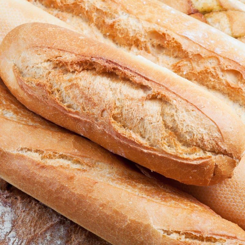 Ψημένες φραντζόλες του ψωμιού στοκ φωτογραφίες