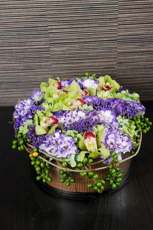 Φρέσκια ανθοδέσμη του λουλουδιού στοκ εικόνες