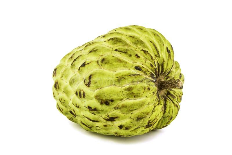 Φρέσκια κρέμα Apple ή ώριμα φρούτα Annona της Apple ζάχαρης, sweetsop στο άσπρο υπόβαθρο επάνω με το ψαλίδισμα της πορείας/του κα στοκ φωτογραφίες