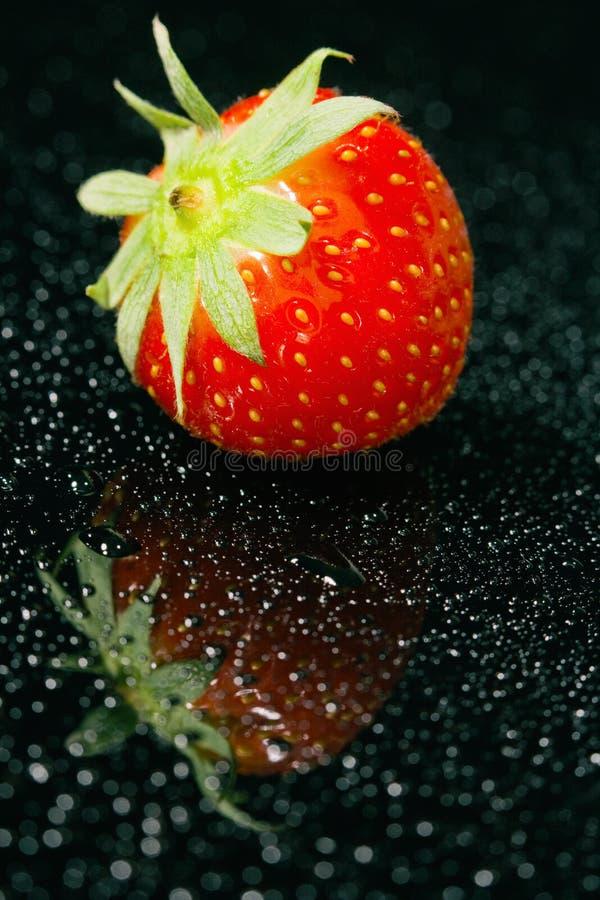 Φρέσκια φράουλα, κινηματογράφηση σε πρώτο πλάνο στοκ φωτογραφία με δικαίωμα ελεύθερης χρήσης