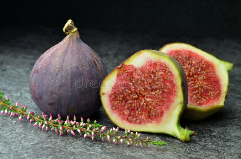 Φρέσκος οργανικός κατάλληλος βιο φρούτων σύκων στοκ φωτογραφίες