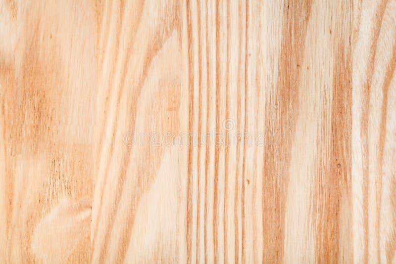 Φρέσκος στρωμένος με άμμο και λαδωμένος ashwood πίνακας επίπλων στοκ φωτογραφίες