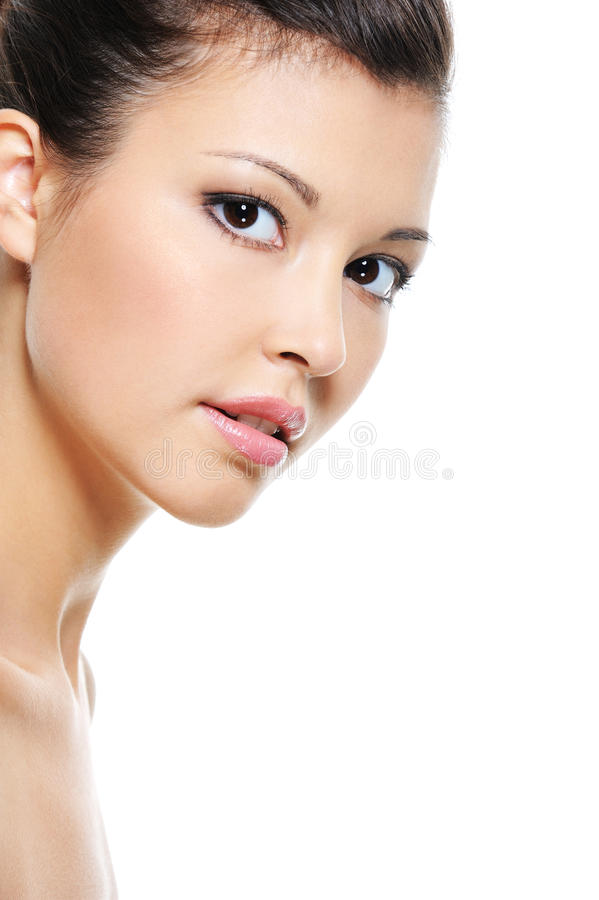 Φρέσκο πρόσωπο μιας ασιατικής γυναίκας ομορφιάς στοκ φωτογραφία με δικαίωμα ελεύθερης χρήσης
