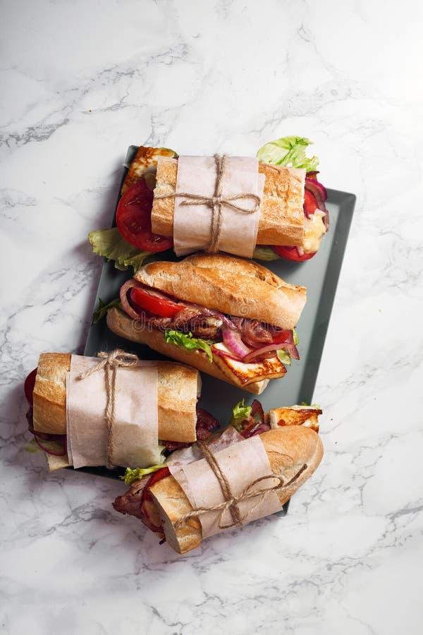 Φρέσκο σάντουιτς bahn-mi baguette που ορίζεται στοκ φωτογραφίες με δικαίωμα ελεύθερης χρήσης