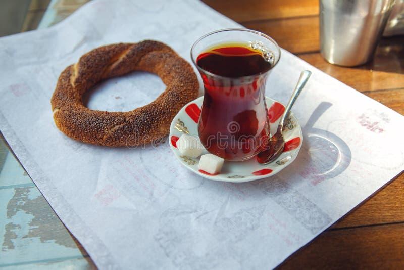 Φρέσκο τουρκικό bagel - simit στοκ φωτογραφίες με δικαίωμα ελεύθερης χρήσης