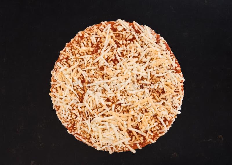 Φρέσκο τυρί & πίτσα Tomatoe στοκ εικόνα με δικαίωμα ελεύθερης χρήσης