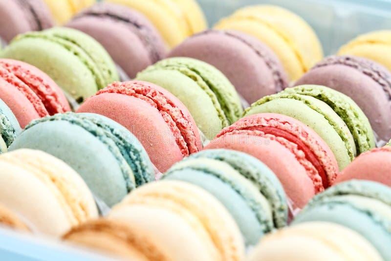 Φρέσκο χρωματισμένο κρητιδογραφία Macarons στοκ εικόνα με δικαίωμα ελεύθερης χρήσης