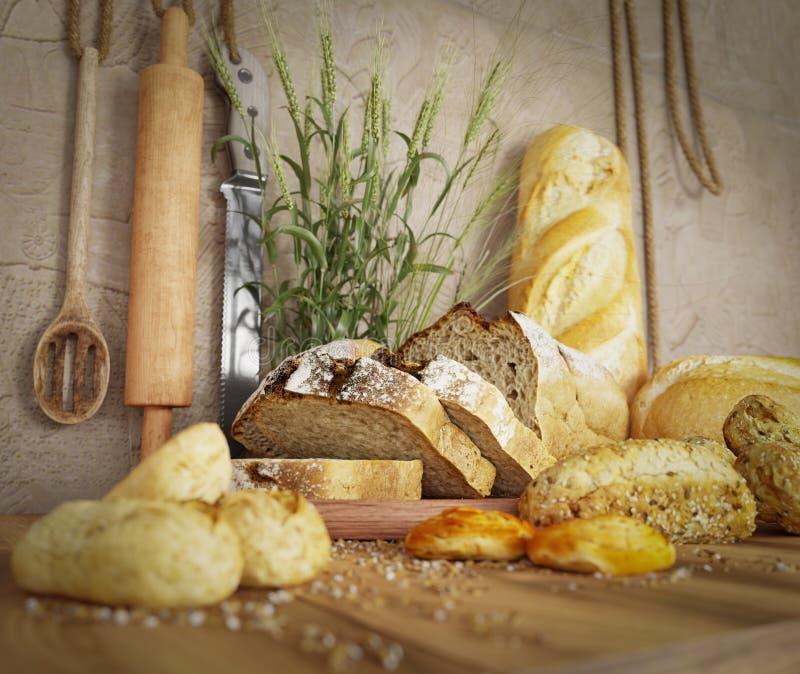 Φρέσκο ψωμί με τη βρώμη που τεμαχίζεται σε ένα τέμνον διάστημα αντιγράφων υποβάθρου φωτογραφιών πινάκων πλακών στοκ φωτογραφίες με δικαίωμα ελεύθερης χρήσης