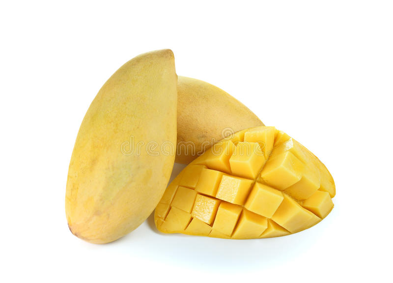 Φρέσκο ώριμο κίτρινο μάγκο στο άσπρο υπόβαθρο στοκ εικόνα με δικαίωμα ελεύθερης χρήσης