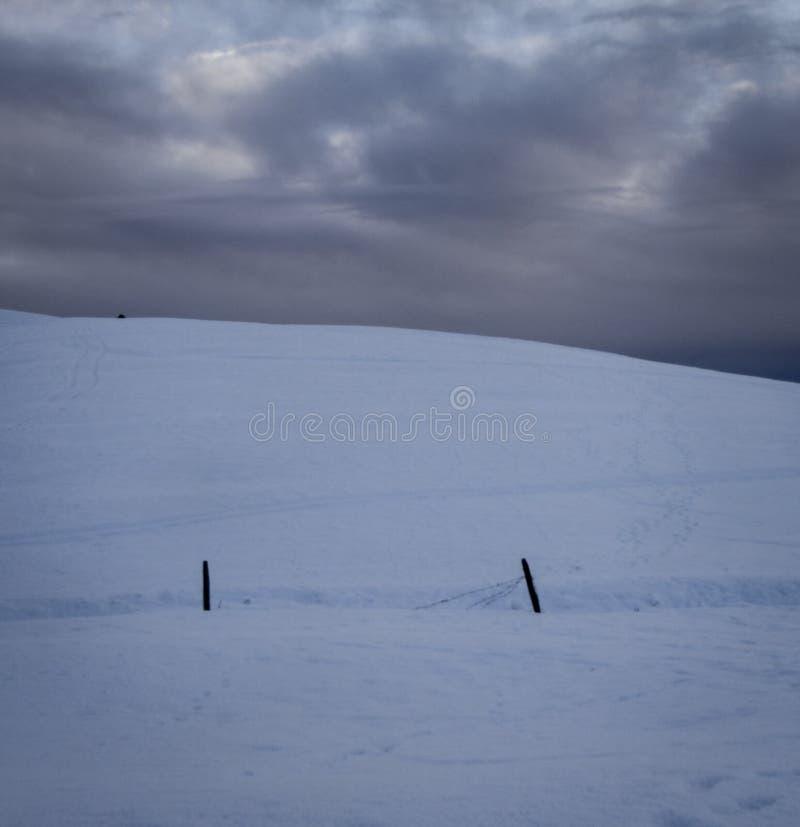 Φραγή και χιόνι στοκ φωτογραφία