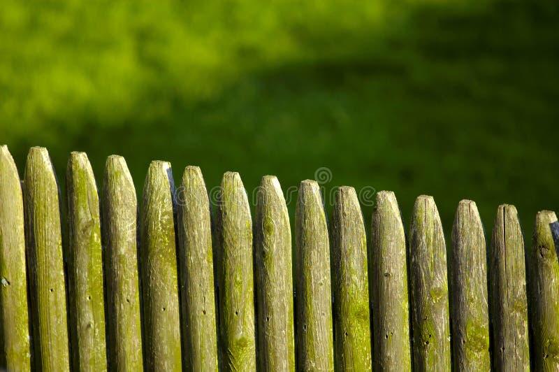 Download φραγή ξύλινη στοκ εικόνες. εικόνα από έξω, αποχής, bounders - 123080