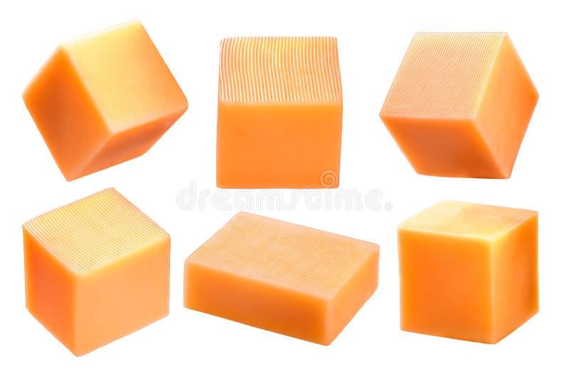 Φραγμός τυριών τυριού Cheddar και κύβοι, πορείες στοκ εικόνα με δικαίωμα ελεύθερης χρήσης