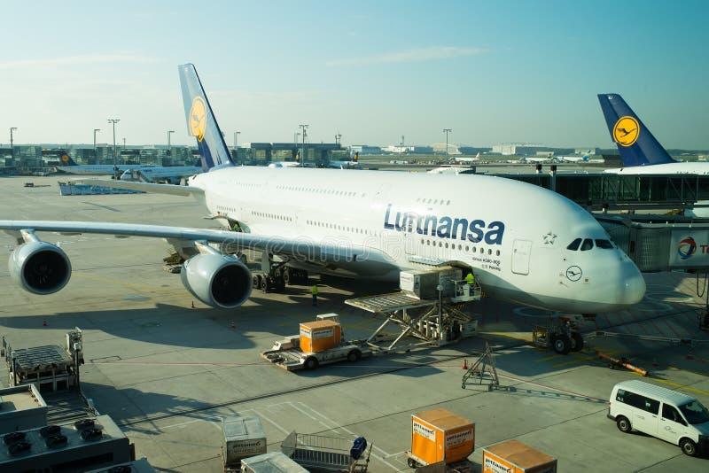 Φρανκφούρτη Αμ Μάιν, Γερμανία - 11 Οκτωβρίου 2015: Airbus της Lufthansa, αεριωθούμενο επιβατηγό αεροσκάφος, αεροσκάφη ή μεγάλος ε στοκ φωτογραφία με δικαίωμα ελεύθερης χρήσης