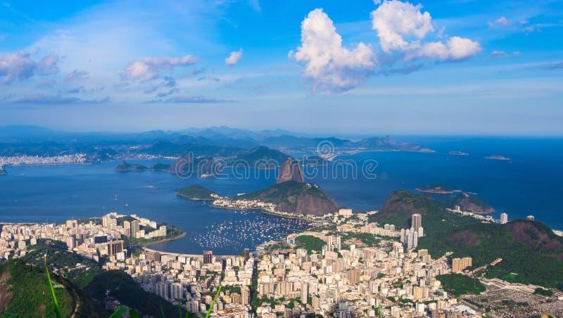Φραντζόλα ζάχαρης βουνών και Botafogo στο Ρίο ντε Τζανέιρο, Βραζιλία στοκ εικόνες