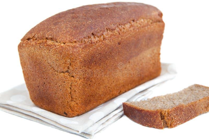 Φραντζόλα του ψωμιού και της φέτας doily που απομονώνεται στο λευκό στοκ εικόνα με δικαίωμα ελεύθερης χρήσης