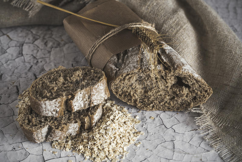 Φραντζόλες του ακέραιου ψωμιού στοκ εικόνες