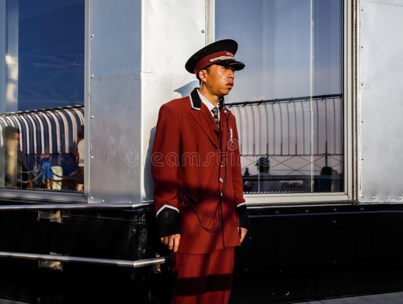 Φρουρά ασφάλειας στο Εmpire State Building στοκ φωτογραφία με δικαίωμα ελεύθερης χρήσης