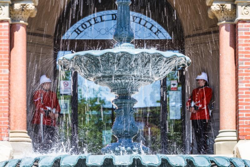Φρουρές στο Δημαρχείο, Fredericton, Νιού Μπρούνγουικ, Καναδάς στοκ εικόνες
