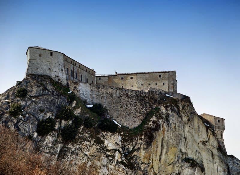 Φρούριο του Σαν Λεό στο Μοντεφέλτρο, Ρίμινι, Ιταλία Ο αλχημιστής Cagliostro φυλακίστηκε σε αυτό το κάστρο στοκ εικόνα με δικαίωμα ελεύθερης χρήσης