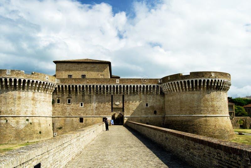 Φρούριο Rocca Roveresca που βρίσκεται σε Senigallia στην περιοχή του Marche στην επαρχία της Ανκόνα Για το ταξίδι και το ιστορικό στοκ εικόνα