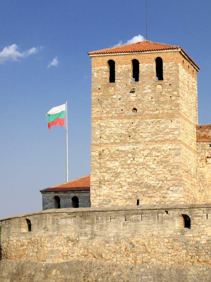 Φρούριο Vida μπαμπάδων και βουλγαρική σημαία σε Vidin στοκ εικόνες