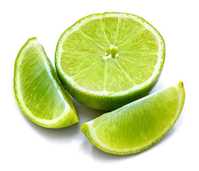 Φρούτα ασβέστη που απομονώνονται στο λευκό στοκ εικόνα