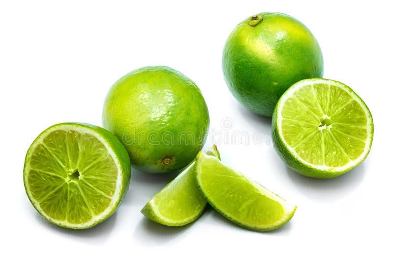 Φρούτα ασβέστη που απομονώνονται στο λευκό στοκ εικόνες