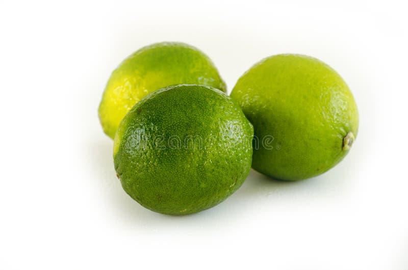 Φρούτα ασβέστη στο λευκό στοκ εικόνες