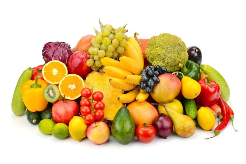 Φρούτα και λαχανικά που απομονώνονται στο άσπρο υπόβαθρο στοκ εικόνα