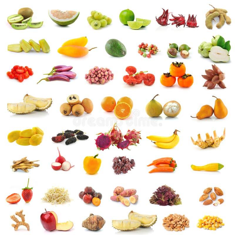 Φρούτα και λαχανικά στο άσπρο υπόβαθρο στοκ εικόνες με δικαίωμα ελεύθερης χρήσης