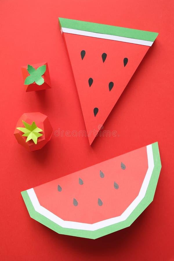 Φρούτα φιαγμένα από έγγραφο r Υπάρχει χώρος για το γράψιμο στοκ εικόνες