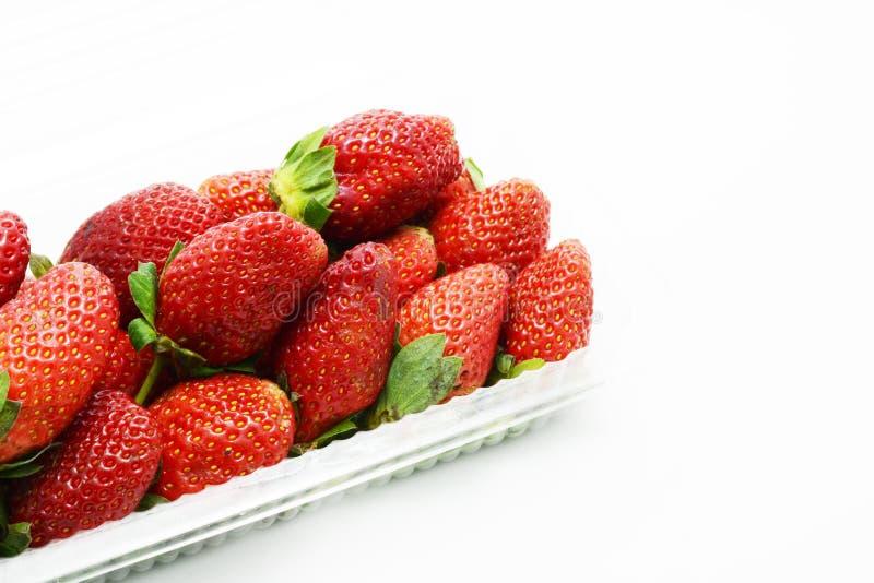 Φρούτα φραουλών στο κιβώτιο στοκ εικόνα με δικαίωμα ελεύθερης χρήσης