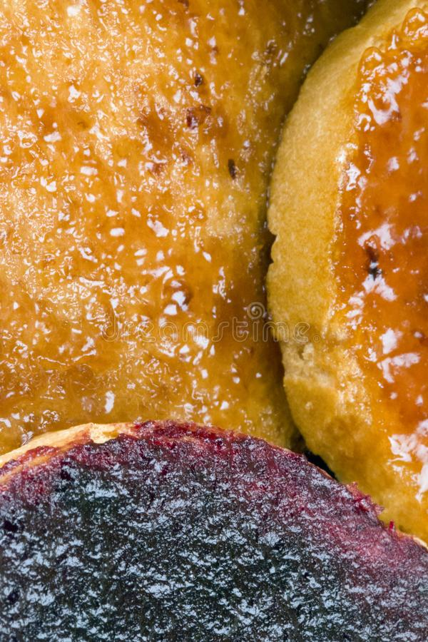 Φρυγανιές με τη μαρμελάδα φρούτων στοκ εικόνες με δικαίωμα ελεύθερης χρήσης